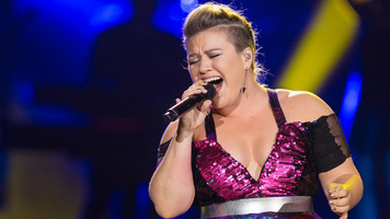 Kelly Clarkson is Heading To The Voice!