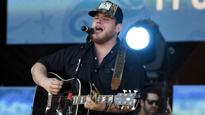 Luke Combs Performs New Music on 'Today'