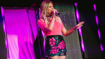 Kelsea Ballerini Releases New Single 'Legends'