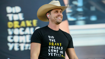 Dustin Lynch Releases Music Video For 'Small Town Boy'