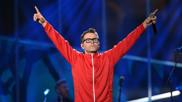 Bobby Bones Plans 2017 Tour With Bailey Bryan, Aubrie Sellers & Jackie Lee