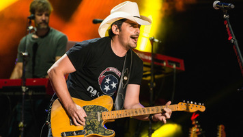 Brad Paisley's Comedy Rodeo Is Coming to Netflix