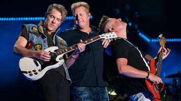 Rascal Flatts Surprise Bride & Groom on Their Wedding Day