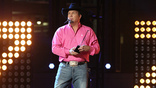 Garth Brooks Surprises Couple During Live Performance