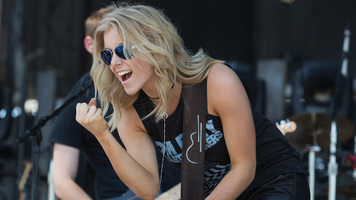 Lindsay Ell Announces Debut Album, 'The Project'