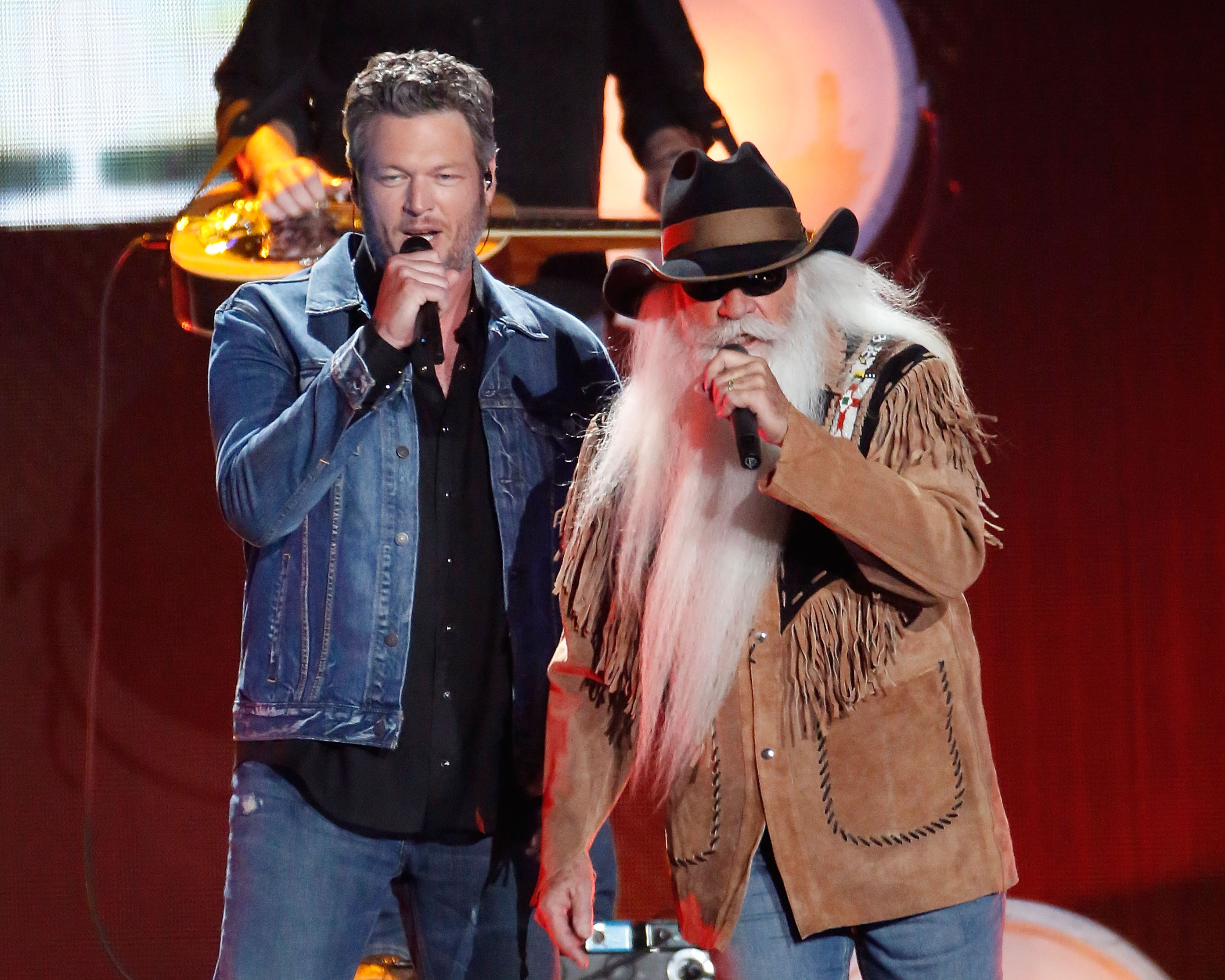 Blake Shelton & The Oak Ridge Boys Jam Out on ... | News | MegaCountry