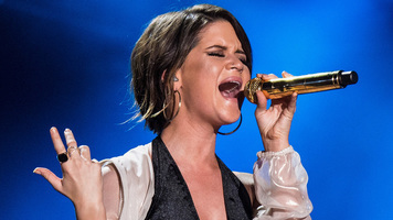 Maren Morris Goes Live In 'Drunk Girls Don't Cry' Music Video