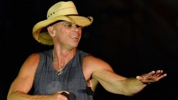 Kenny Chesney Announces Live Album