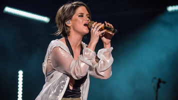Maren Morris & Niall Horan Announce Duet Collaboration