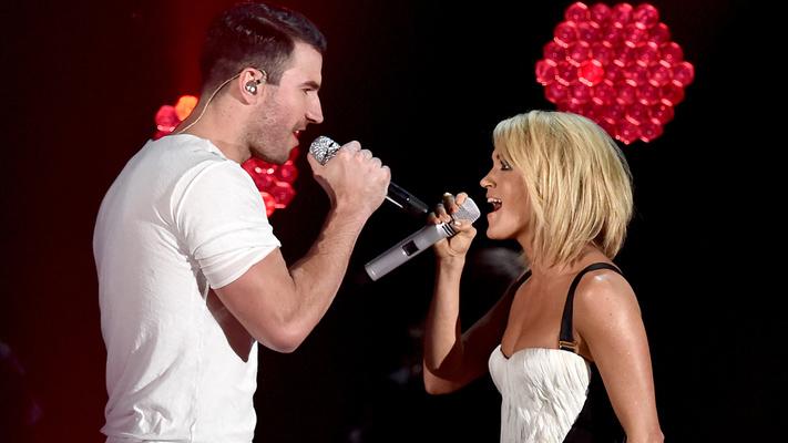 Sam Hunt & Carrie Underwood Take Home Teen Choice Awards