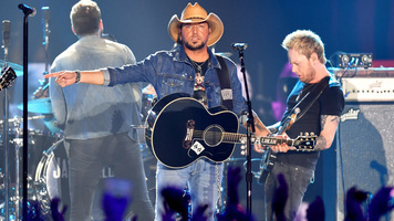 Jason Aldean Raises $700,000 For Hometown Hospital