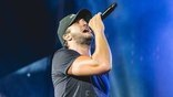 Luke Bryan Performs Unreleased Song'What Makes You Country'