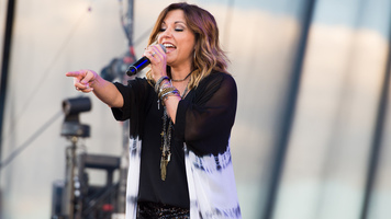 Martina McBride Announces Joy Of Christmas Holiday Tour