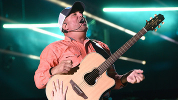 Garth Brooks to Headline Stagecoach 2018