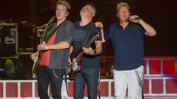 Rascal Flatts Covers Shenandoah's 'Church on Cumberland Road'