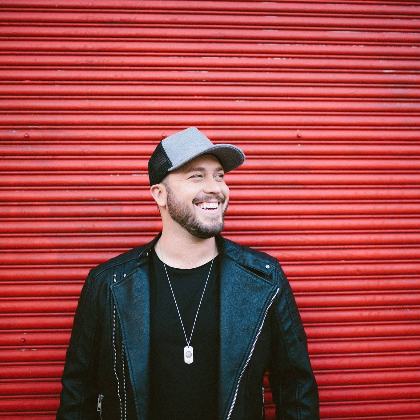 New Artist Spotlight: Mitchell Tenpenny | News | MegaCountry