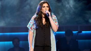 Lady Antebellum's Hillary Scott To Add Two Little Ladies To Her Family