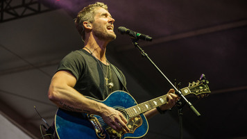 Brett Young Releases Tour Dates For 2017 Caliville Tour