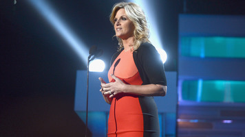 Trisha Yearwood's Costume is a Country Dream Come True