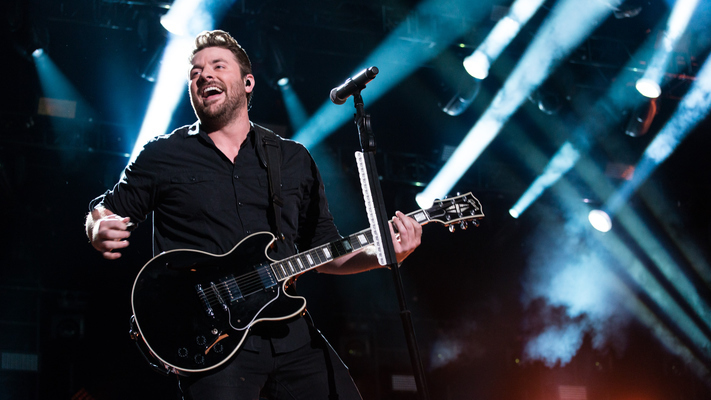 Chris Young Announces 2018 Losing Sleep Tour