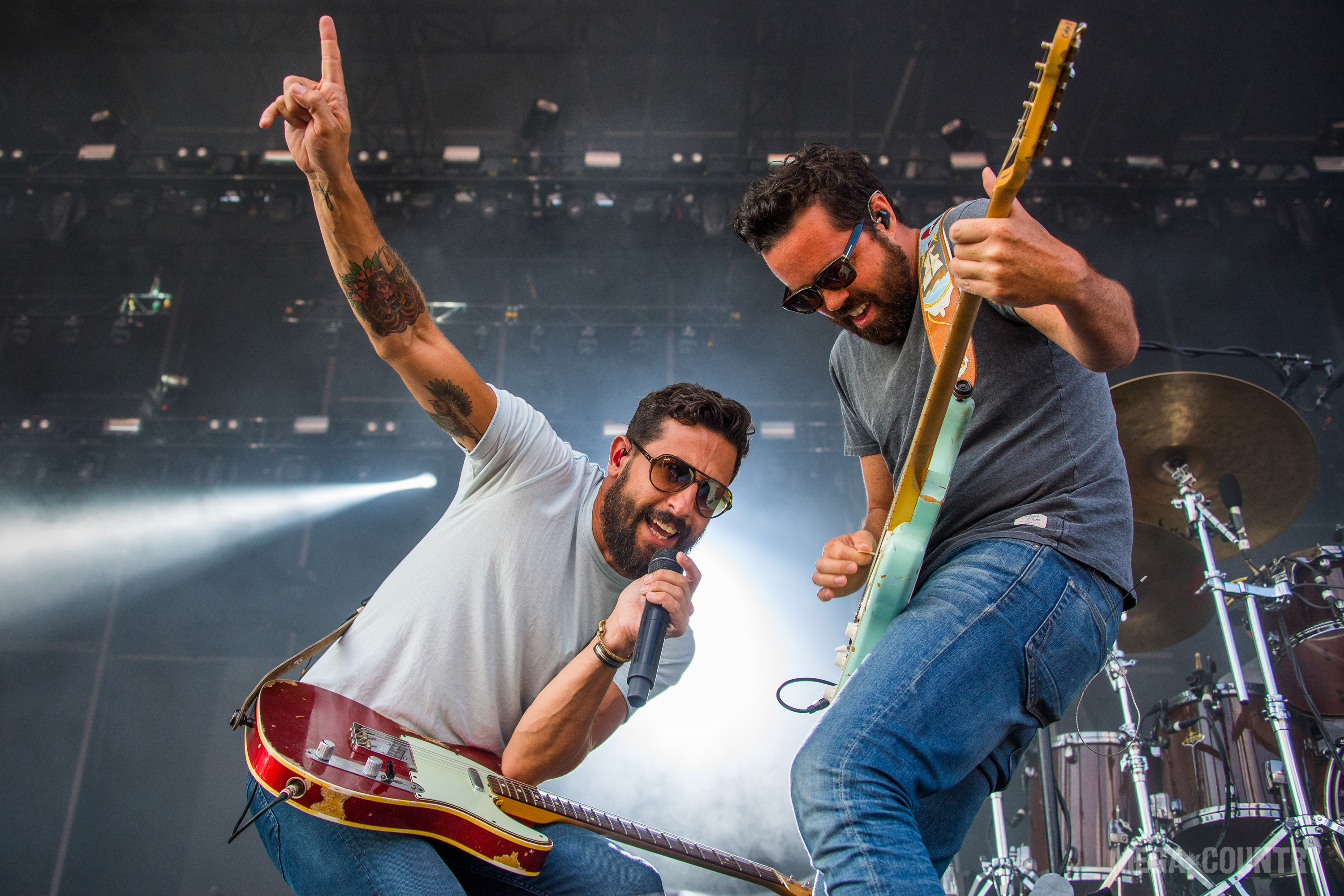 Old Dominion Announces Happy Endings 2018 Worl    | News