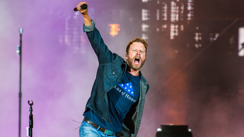[Watch] Dierks Bentley's Performance on 'GMA'