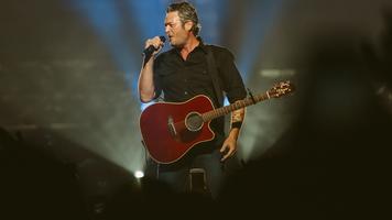 Blake Shelton Releases Track Listing For'Texoma Shore'