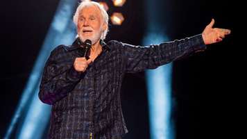 Kenny Rogers' Last Concert Worthy Of His Country Legacy