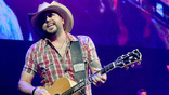 Jason Aldean Is Going 'Neon' On His New 2018 Tour