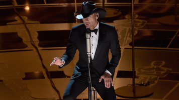 Tim McGraw Shares Support For '#NeverAgain' Movement
