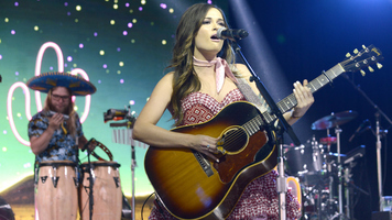 Kacey Musgraves Performs 'Space Cowboy' On 'The Tonight Show'