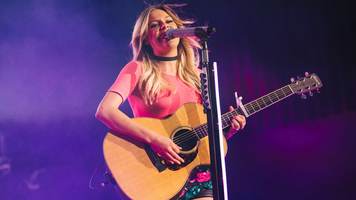 Kelsea Ballerini Wows With Cover Of One Republic's 'Apologize'