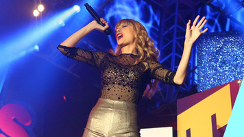 Taylor Swift Goes Back To Country Roots WithRendition Of'Better Man'