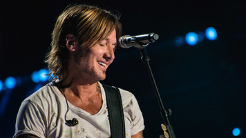 Keith Urban Shares Release Date For Upcoming Album 'Graffiti U'