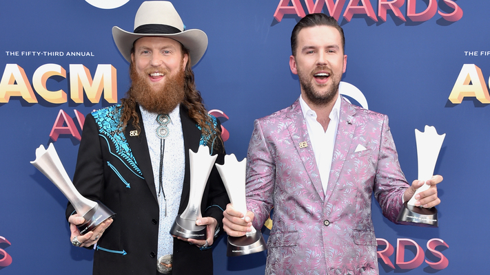 See Who Won During The 2018 ACM Awards!