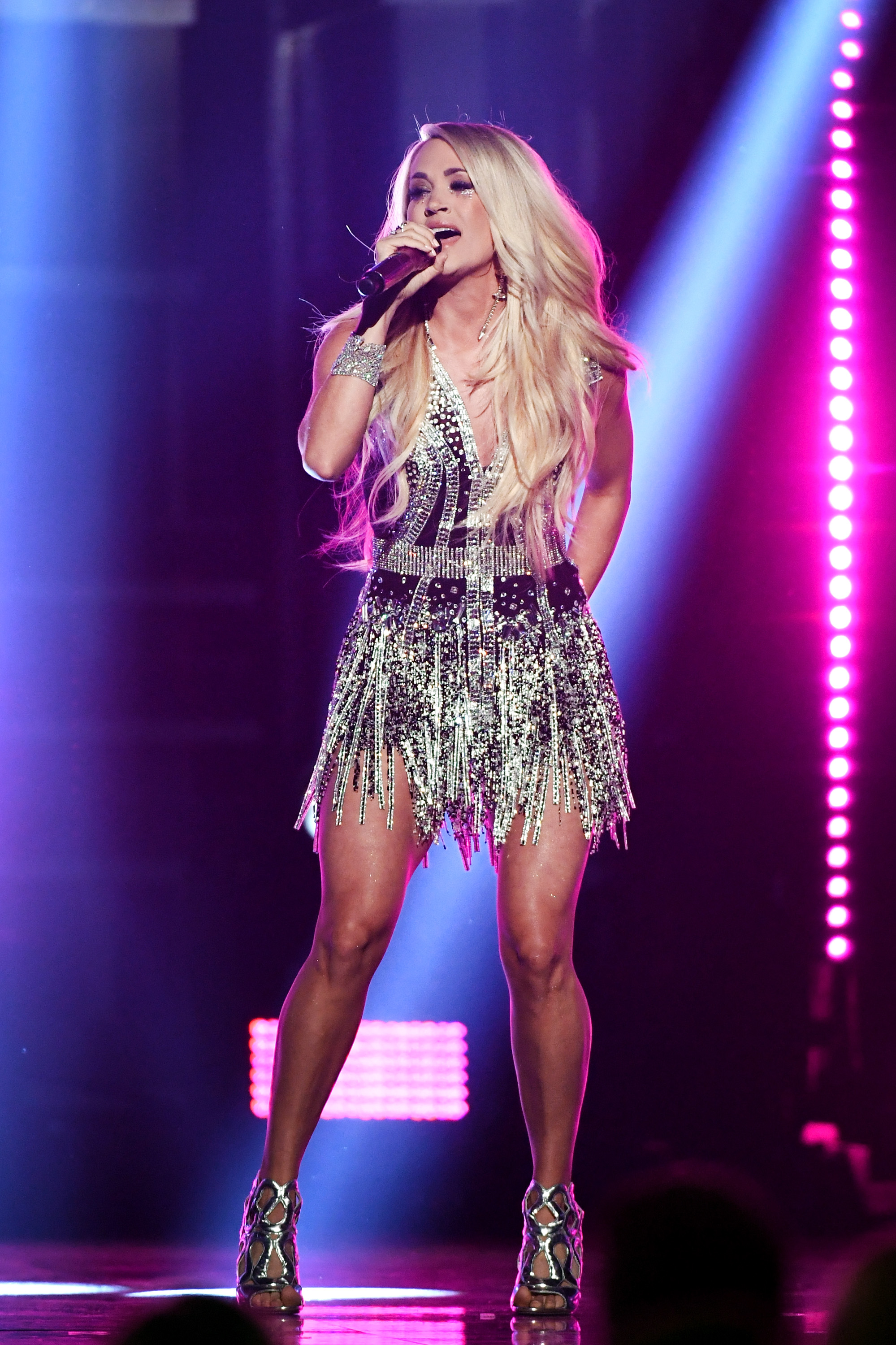 714d595ec67 Carrie Underwood s Video For  Cry Pretty  Is A Sad Look Into The Pressures  Of Fame