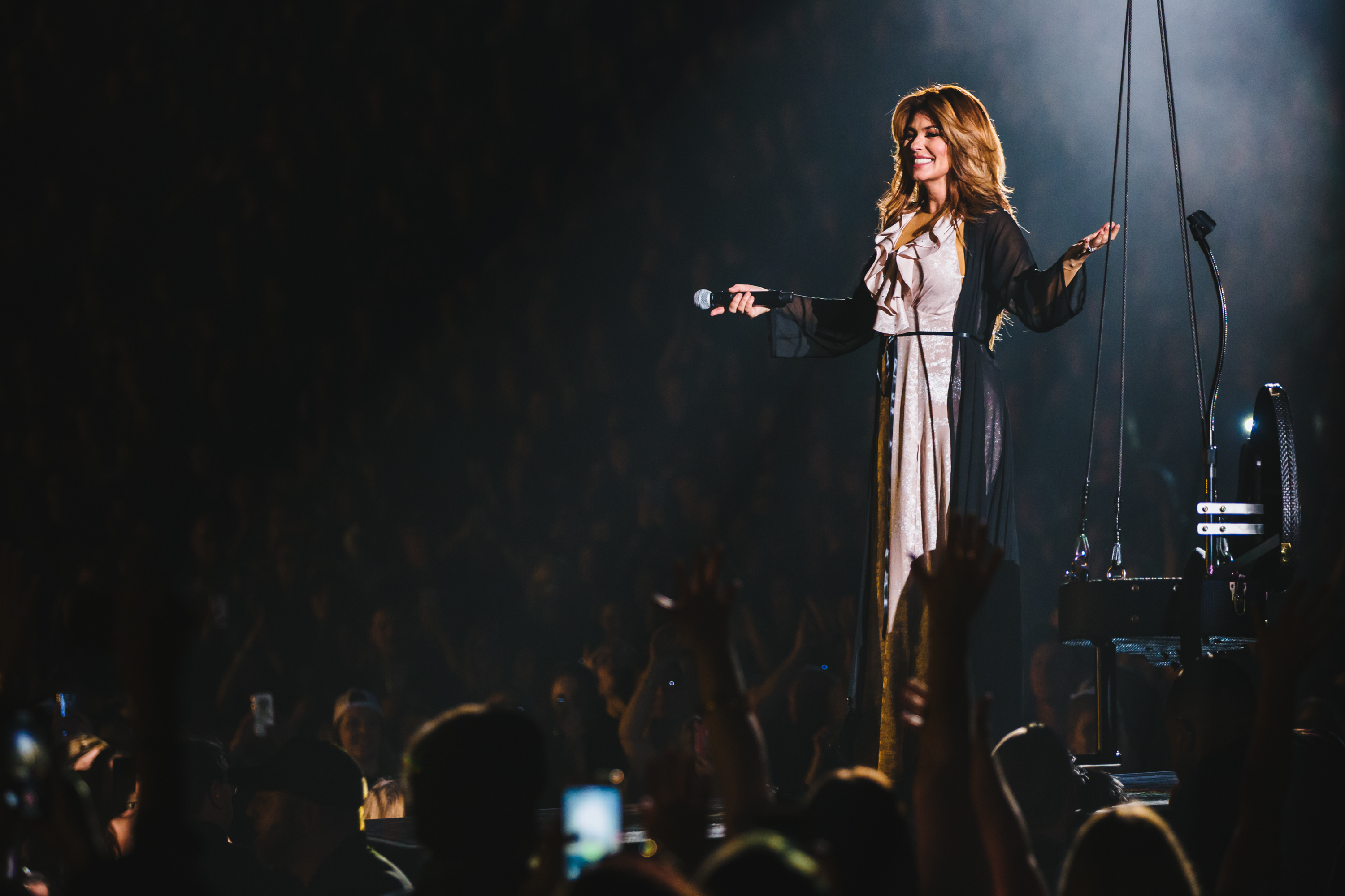 See Shania Twains Now Tour Opening Night Magic News Megacountry