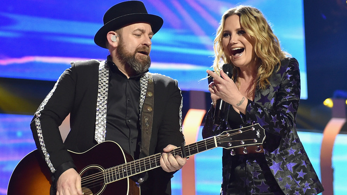Sugarland's 'Babe' Music Video Featuring Taylor Swift Is Here