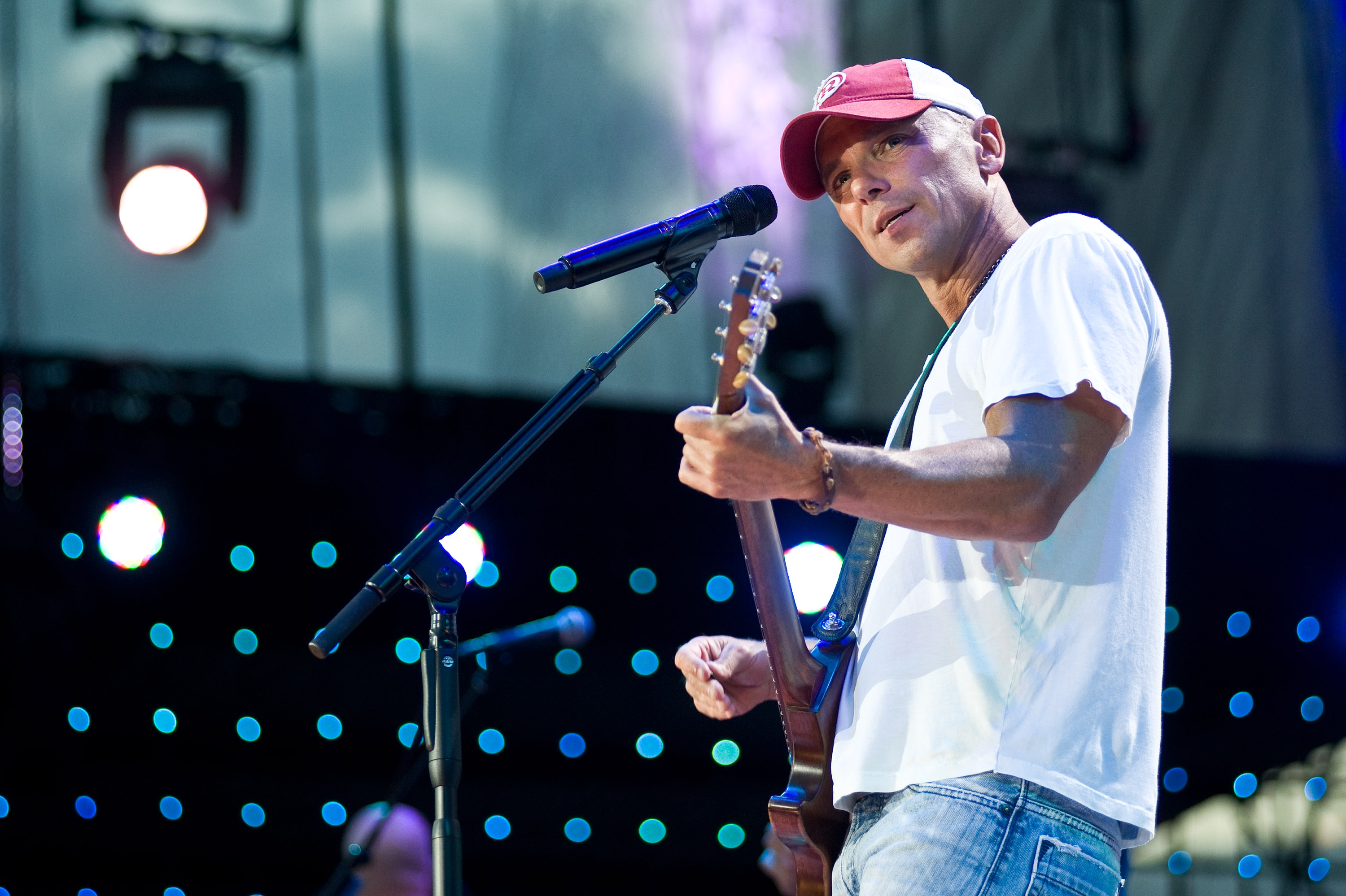 Kenny Chesney Releases \'Songs for the Saints\' ... | News | MegaCountry