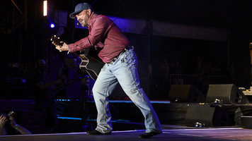 Garth Brooks Surprises Fans With New Song