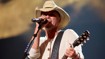 David Lee Murphy & Kenny Chesney Score Number One Song