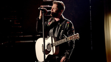 Thomas Rhett, Kenny Chesney & David Lee Murphy Take Home CMA Awards