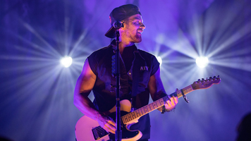 Kip Moore Extends Room to Spare Acoustic Tour to 2019