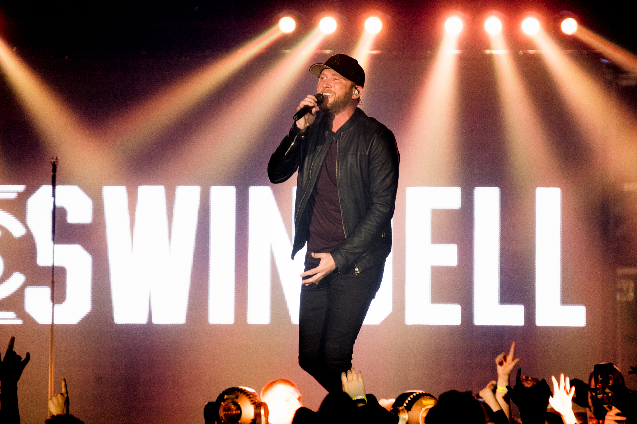 Cole Swindell Performs Latest Single On 'Jimmy    | News