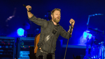 Dierks Bentley Earns 18th Career  No. 1 with 'Burning Man'