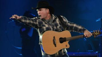 Luke Bryan Announces Farm Tour 2014 Country Music News