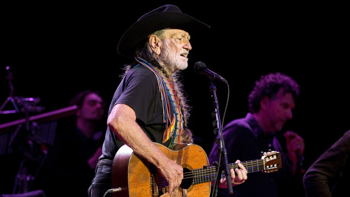 President Obama and Willie Nelson Perform Duet