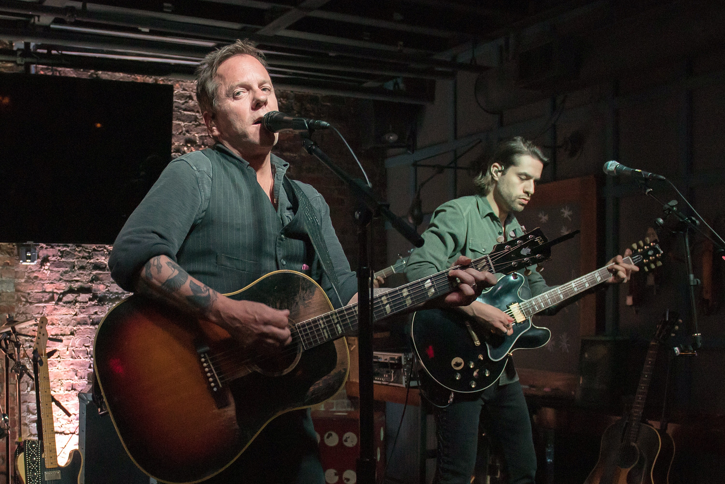 Kiefer Sutherland Makes Grand Ole Opry Debut | News | MegaCountry