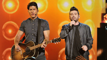 Watch Dan + Shay Cover Calvin Harris and Rihanna's 'This Is What You Came For'