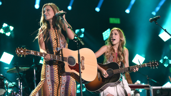 Past and Present: 11 Top Country Stars Under 21